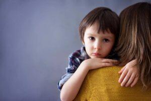 jongetje en moeder